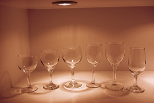 wine glasses for rent